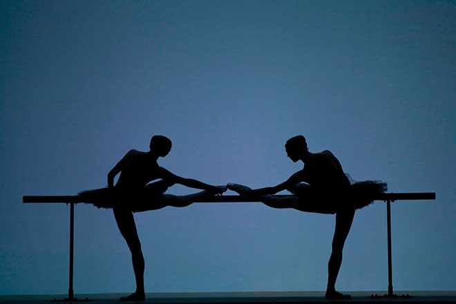 Des artistes du Ballet dans Études