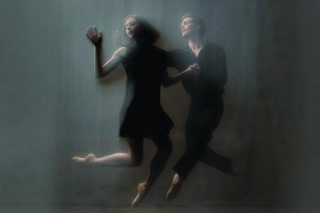 Emma Hawes et Harrison James dans Orpheus Alive