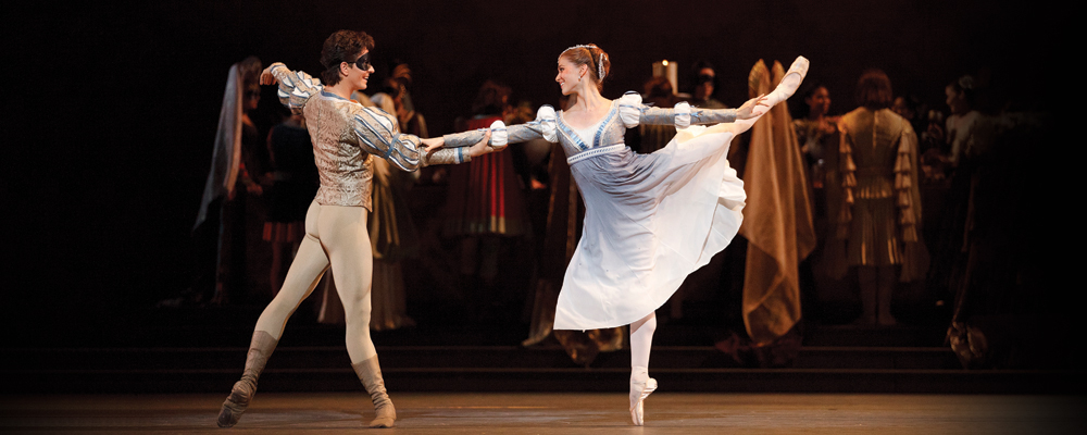 Guillaume Cote and Elena Lobsanova in Romeo and Juliet